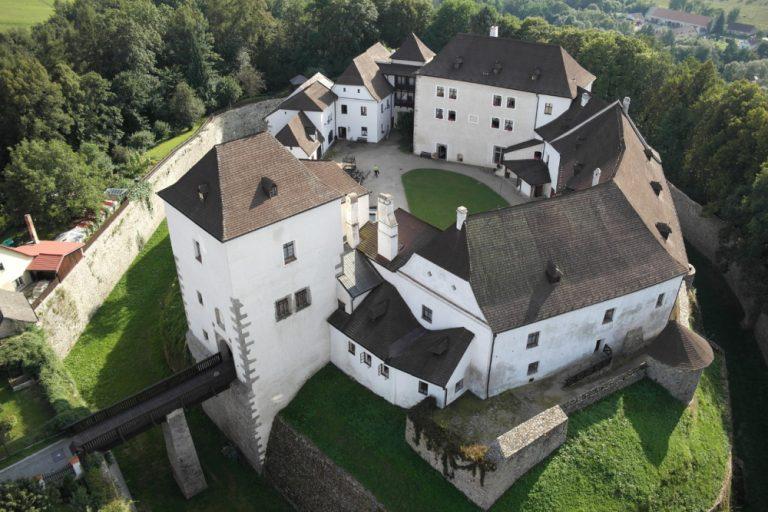hrad Nové Hrady
